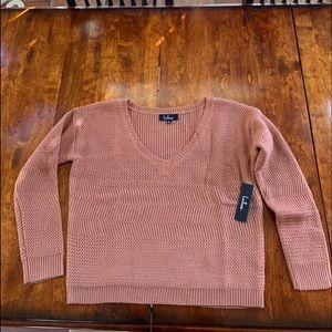 Lulus v neck sweater NWT